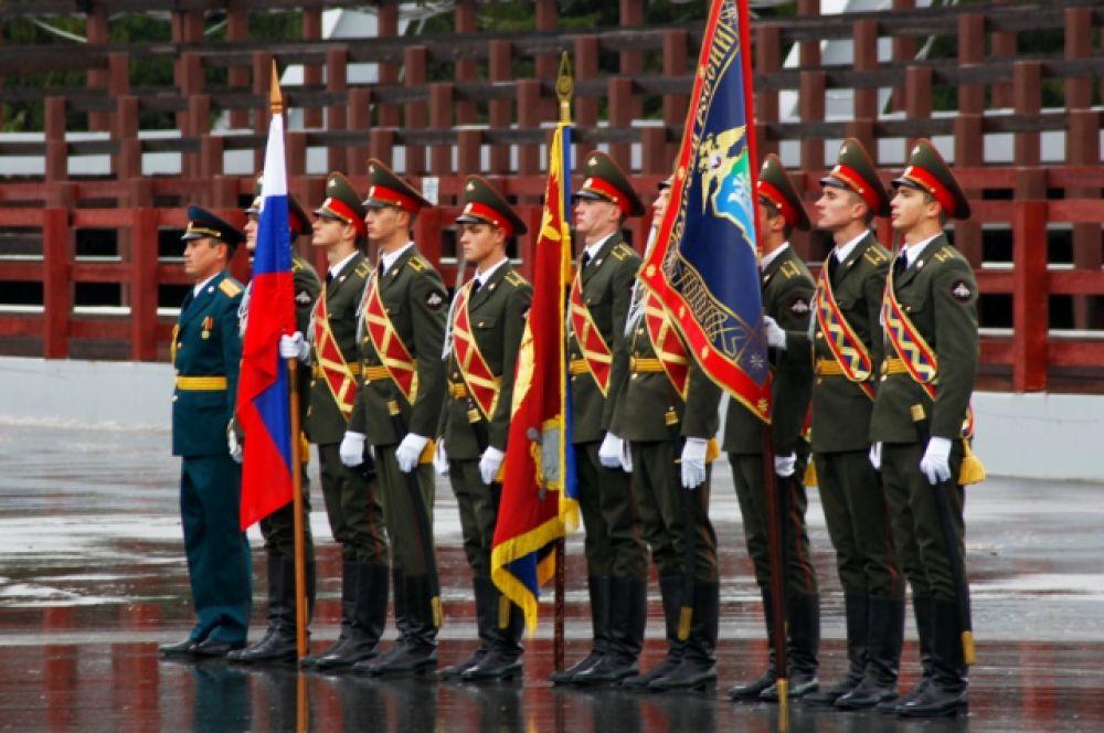 Вручение знамени УМВД по ХМАО состоялось 19 сентября в Центре зимних видов спорта им. Филипенко.