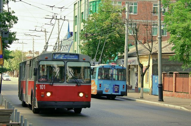 В воскресенье транспорт Екатеринбурга изменит схему движения