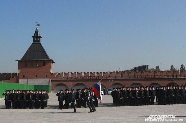 Согласно Указу Президента Российской Федерации, в 2012 году была учреждена новая знамённая система органов внутренних дел РФ, при создании которой были учтены произошедшие в результате реформ изменения.