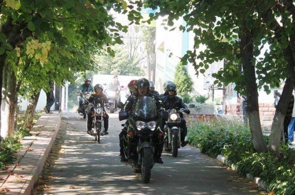 Винницкие байкеры проведали раненых из зоны АТО