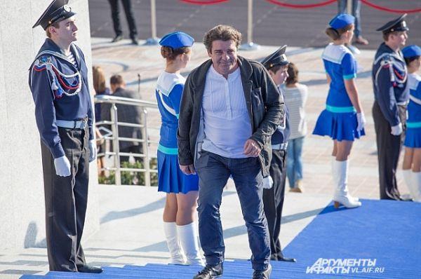 Актёр Сергей Дорогов.
