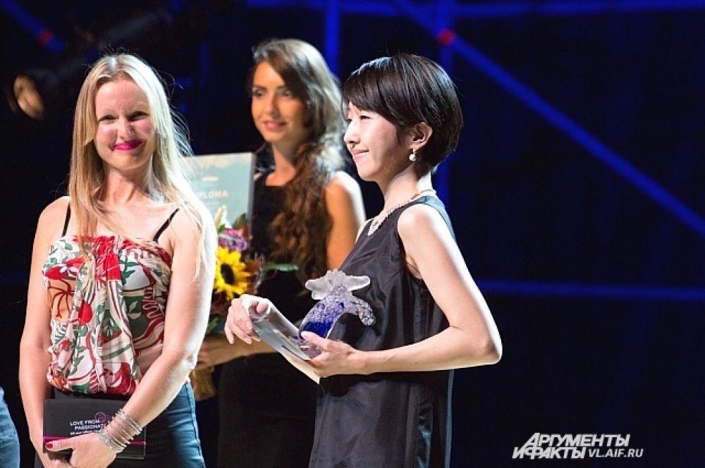 Главный приз получила лента японского режиссёра Наоми Кавасе «Тихие воды».
