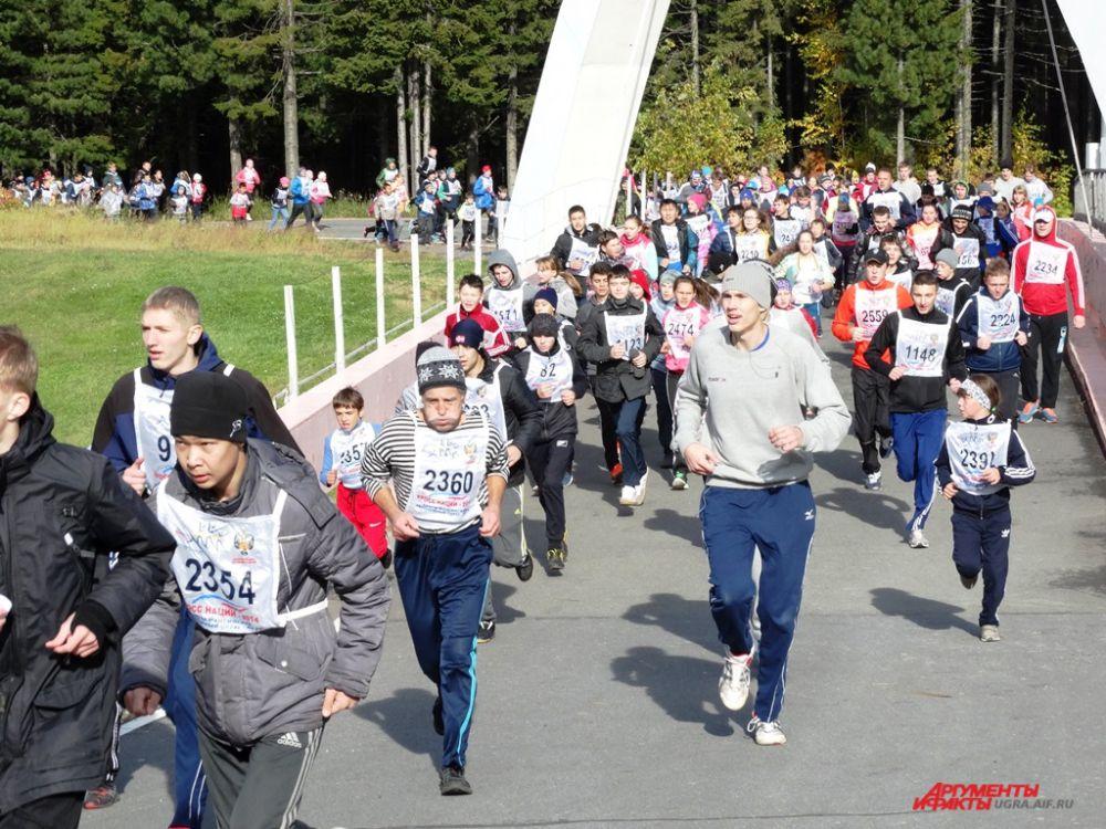 В забеге принимали участие и взрослые, и дети, и даже ветераны.