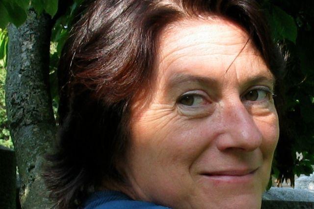 Сюзанна Долль импровизатор и обладатель множества премий.