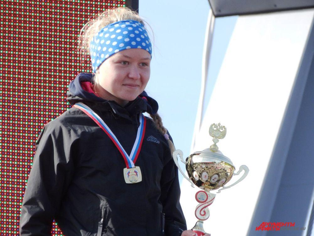 В категории 1996 – 1998 г.р. среди девушек первой стартовала Анастасия Морозова. Среди парней в этой категории первым прибежал Пайзунов Николай.