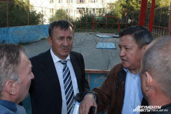 Виктор Трифонов попросил: «Не надо гнать бегущую лошадь. Она может и упасть. Мы много делаем. И много сделаем. Вместе с вами. Помогайте».
