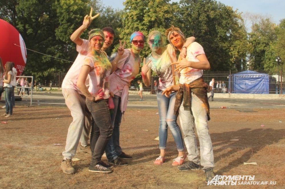 Воспоминания о первом фестивале красок Холи останутся надолго...