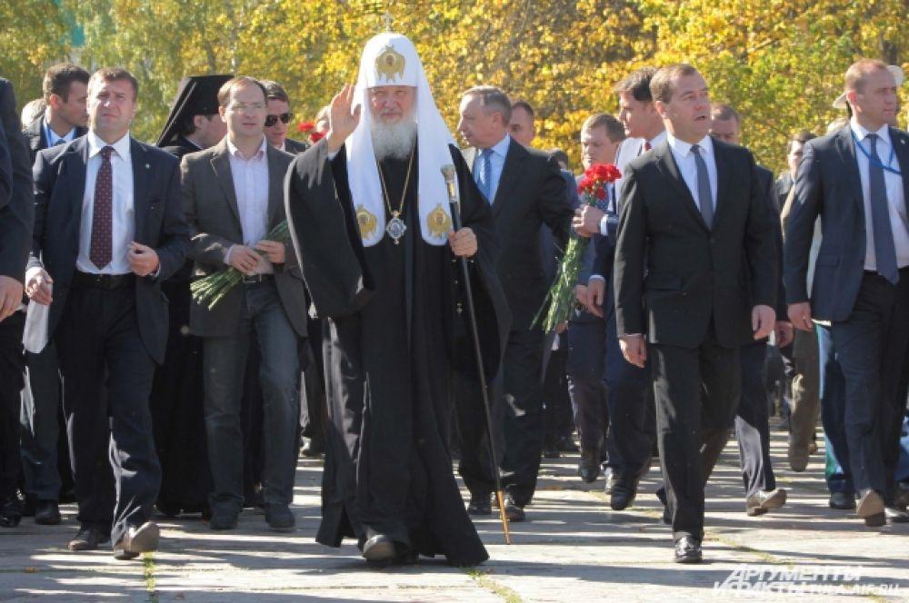 На Куликовом поле Патриарх провел божественную литургию в храме Сергия Радонежского.