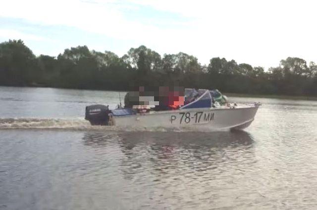 Моторная лодка «Прогресс-2М».
