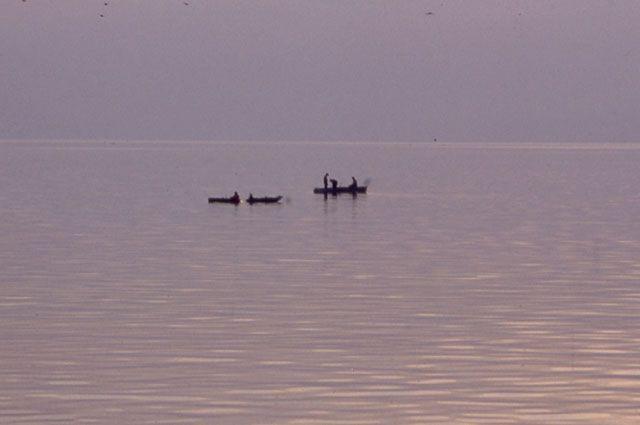 Мужчина уплыл на лодке в поселок Радищев с залива Усть-Илимского водохранилища и до настоящего времени не вернулся.