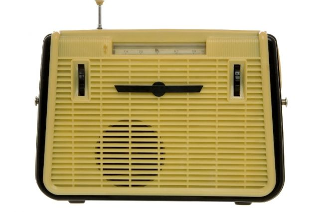 Проводное радио на Урале подорожает до 90 рублей в месяц