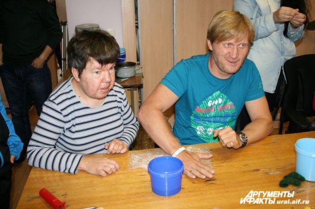 Андрей рожков и его семья фото