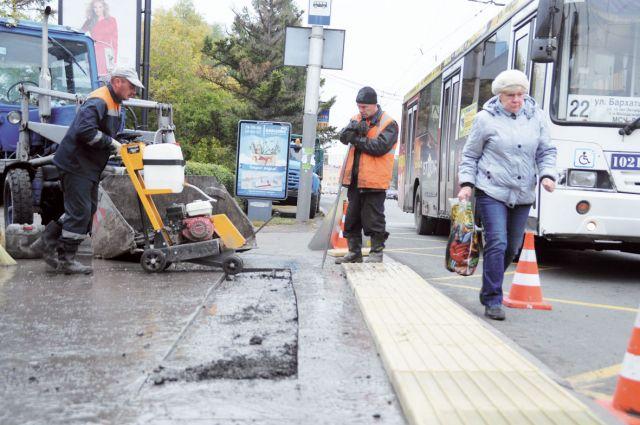 Дорожные новшества уже появились на остановке «Главпочтамт».