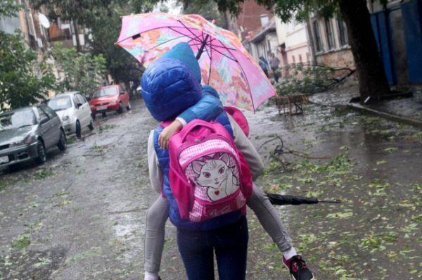Непогода в Ростов и область пришла в ночь на 24 сентября.