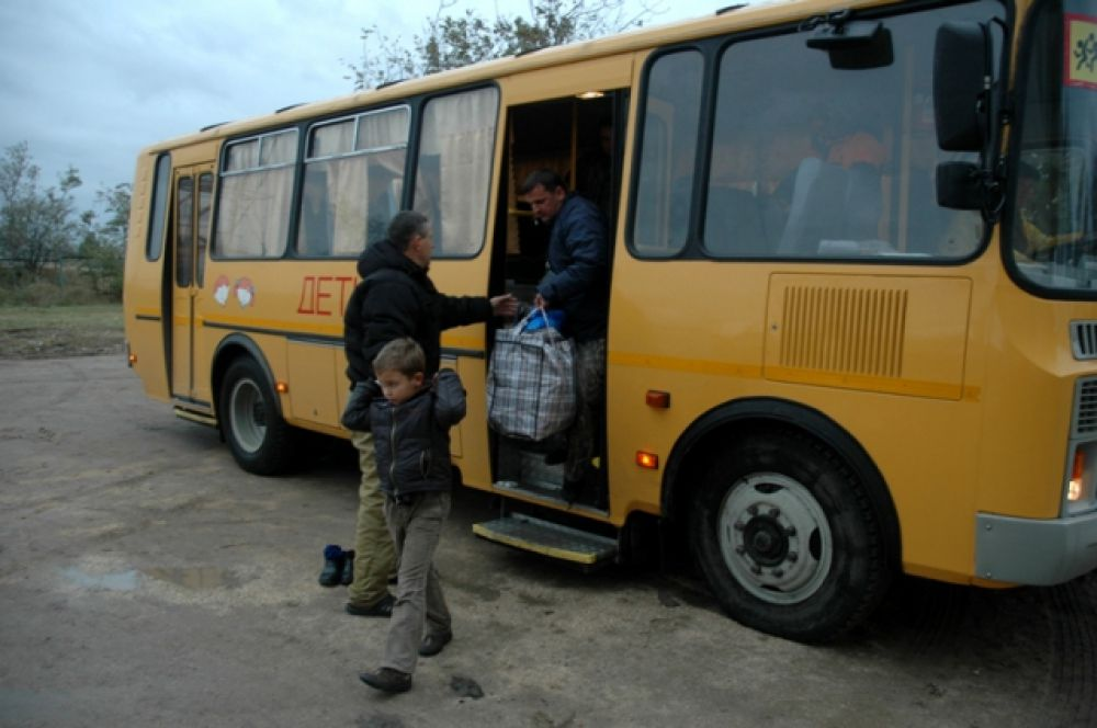 Еще более ста - из поселка Ясенская переправа.