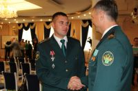 Александр Бодня на вручении ордена Мужества.
