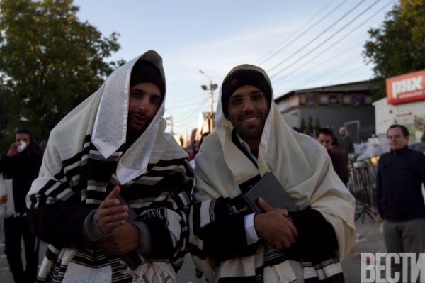 Как хасиды в Умани отмечают 5775 иудейский Новый год