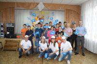 Сотрудники «Газпромнефть-Региональные продажи» помогли собрать детей в школу.