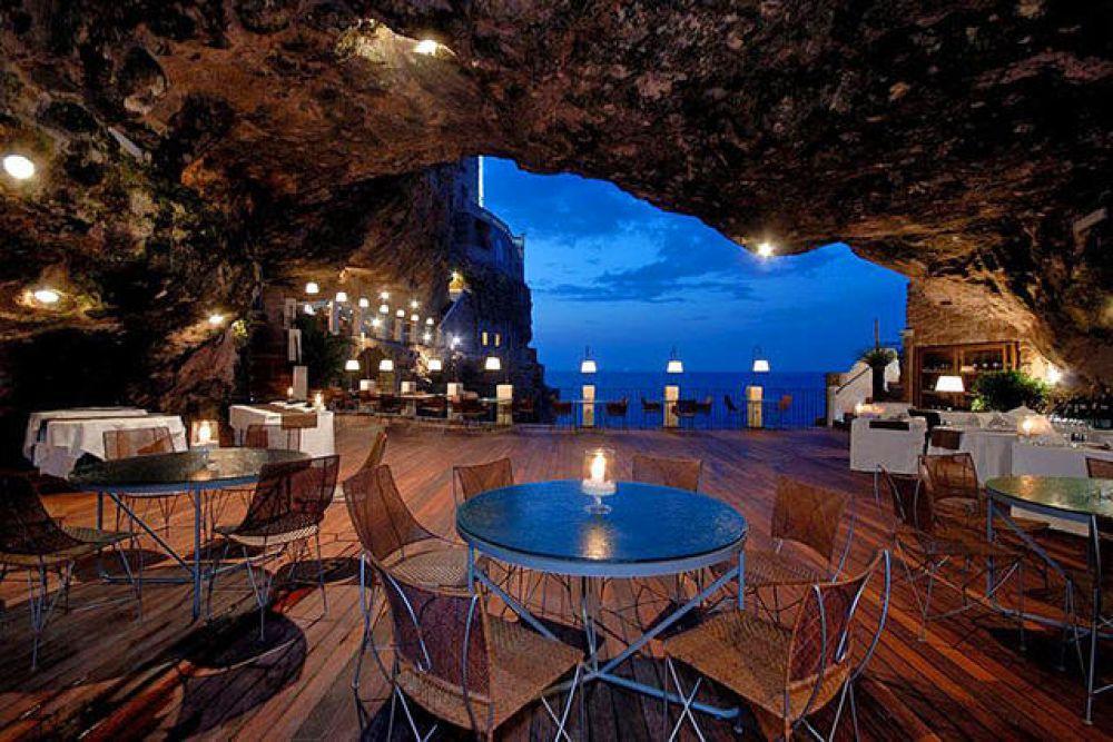 Ресторан Grotta Palazzese, Италия
