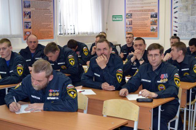 Спецкомиссия проверит подчиненных Давыдова по жалобам спасателей ЧГСС