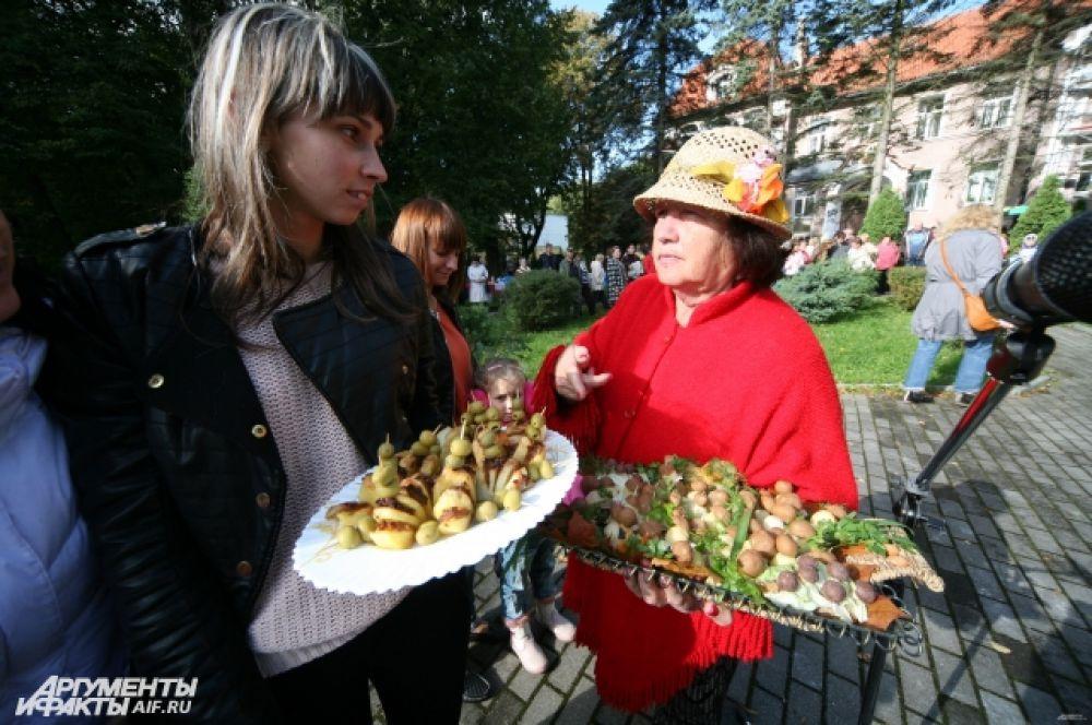 Любимым на этом празднике всегда был и остается конкурс блюд, приготовленных из картофеля.