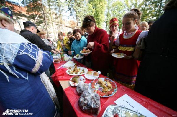 Все желающие смогли не только узнать новые рецепты блюд из картофеля, но и попробовать их на вкус.