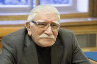 Армен Джигарханян.