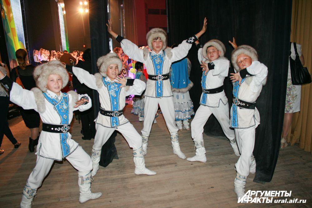 Ребята из ансамбля «Оскон» приехали из башкирского села Баттал. Для них это первый всероссийский фестиваль.