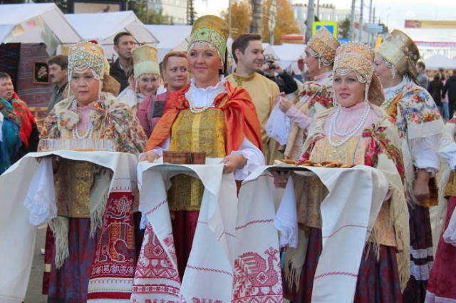 Лучшие традиции русских ярмарок.