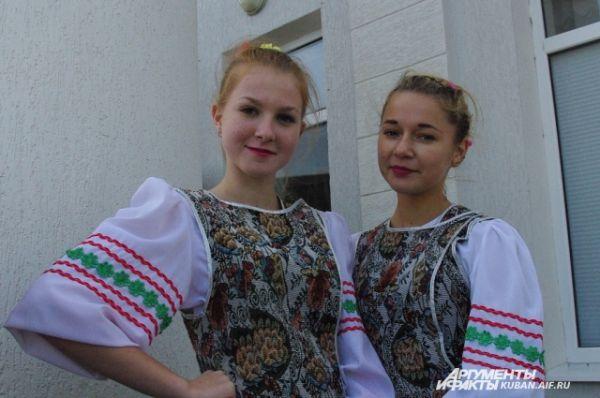 Юные танцоры подготовили для гостей музыкальные номера.