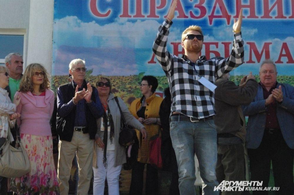 У Максима Житника тоже кубанские корни, а дед его был казачьим атаманом.