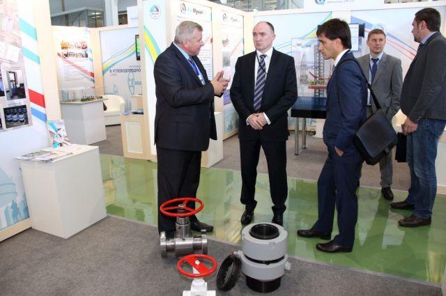 Борис Дубровский и Руслан Гаттаров на форуме в Казахстане.