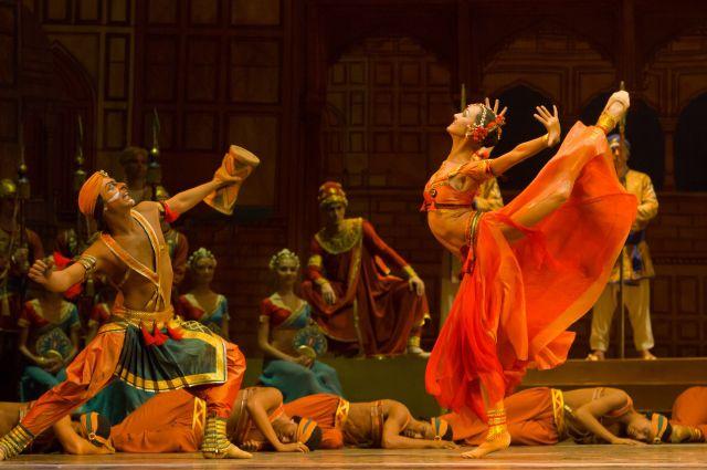 Артисты екатеринбургского оперного театра собираются в Европу
