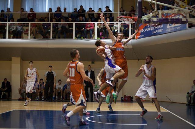 Баскетболисты челябинского «Динамо» вышли в  1/16 финала Кубка России