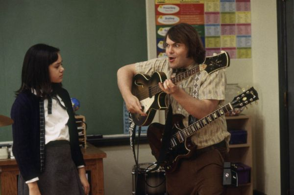 Джек Блэк сыграл учителя в нашумевшей музыкальной комедии «Школа рока» Ричарда Линклейтера. Комик исполнил роль безработного лентяя, волею случая оказавшегося учителем на замену. Критики хорошо приняли эту ленту, в рейтинге кабельного канала Bravo «Школа рока» вошла в сотню самых смешных фильмов.