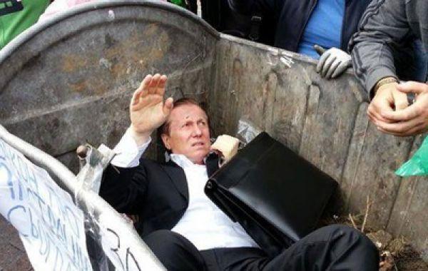 Экс-регионал Журавский первым из депутатов оказался в мусорном баке