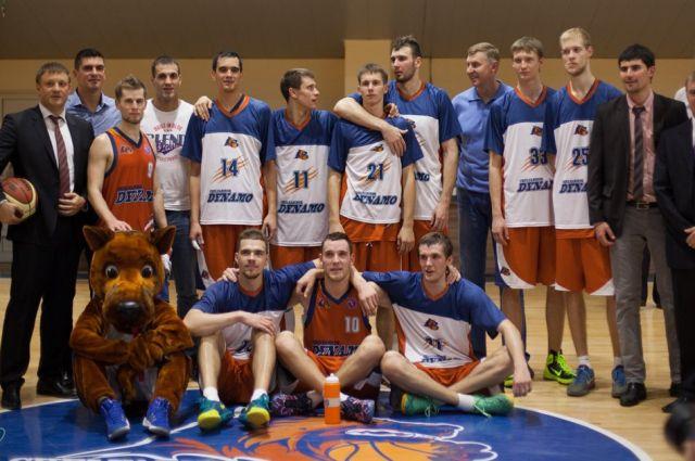 Баскетболисты «Динамо» просят челябинцев выбрать слоган для команды