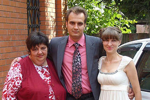 Вадим Пьянков (в центре), Елена Пьянкова (справа)