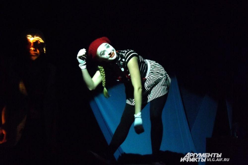 Пантомимы Тамары Матвеевой гипнотизируют зрителей.