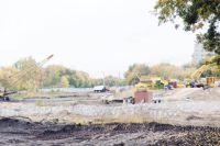 Строительство нового жилого комплекса пока никто не останавливал.