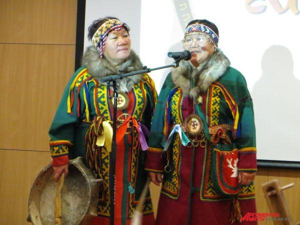 Затем участники отправились в Музей Природы и Человека. Там каждая делегация устроила презентацию либо своего региона, либо коллектива.