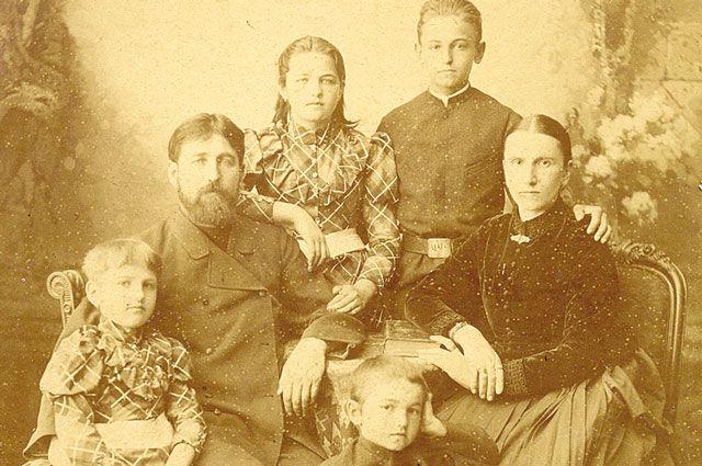 Семья Фанталовых, примерно 1865 год.
