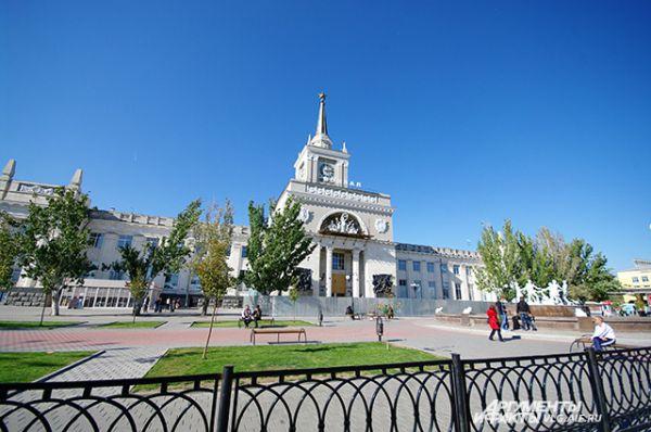 Железнодорожный вокзал – это архитектура столичного качества.