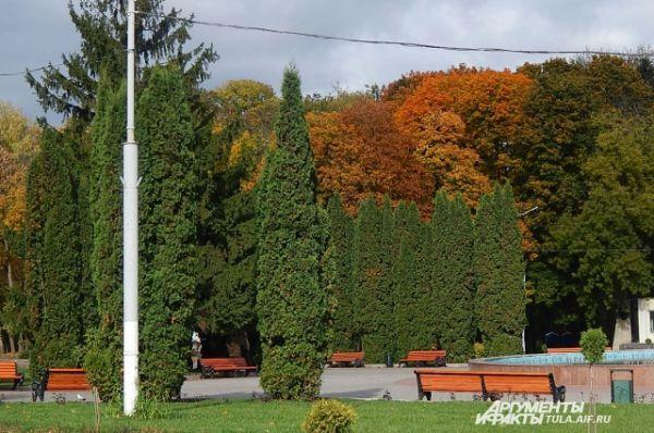 В ЦПКиО им. Белоусова представлено все многообразие весенних красок