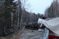 Пассажирка тягача от полученных в аварии травм скончалась на месте.