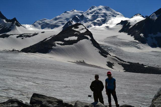 У гор нужно просить разрешение на подъём.