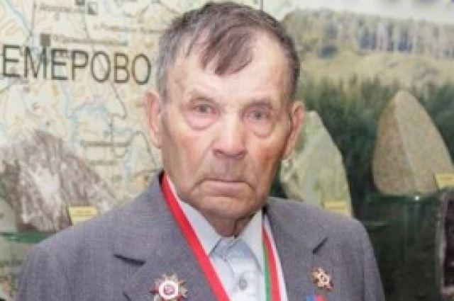 Владимир Леонтьев.