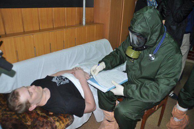Учения по работе с больными лихорадкой Эбола.