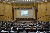 На семинаре-совещании работников налоговых служб.