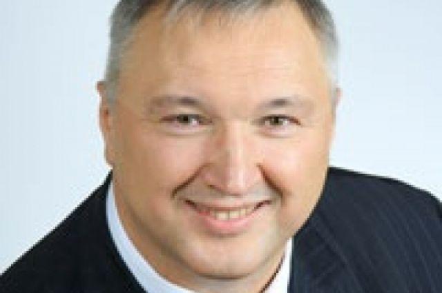 Депутата Алексеева, разобравшего детскую площадку,могут исключить из партии